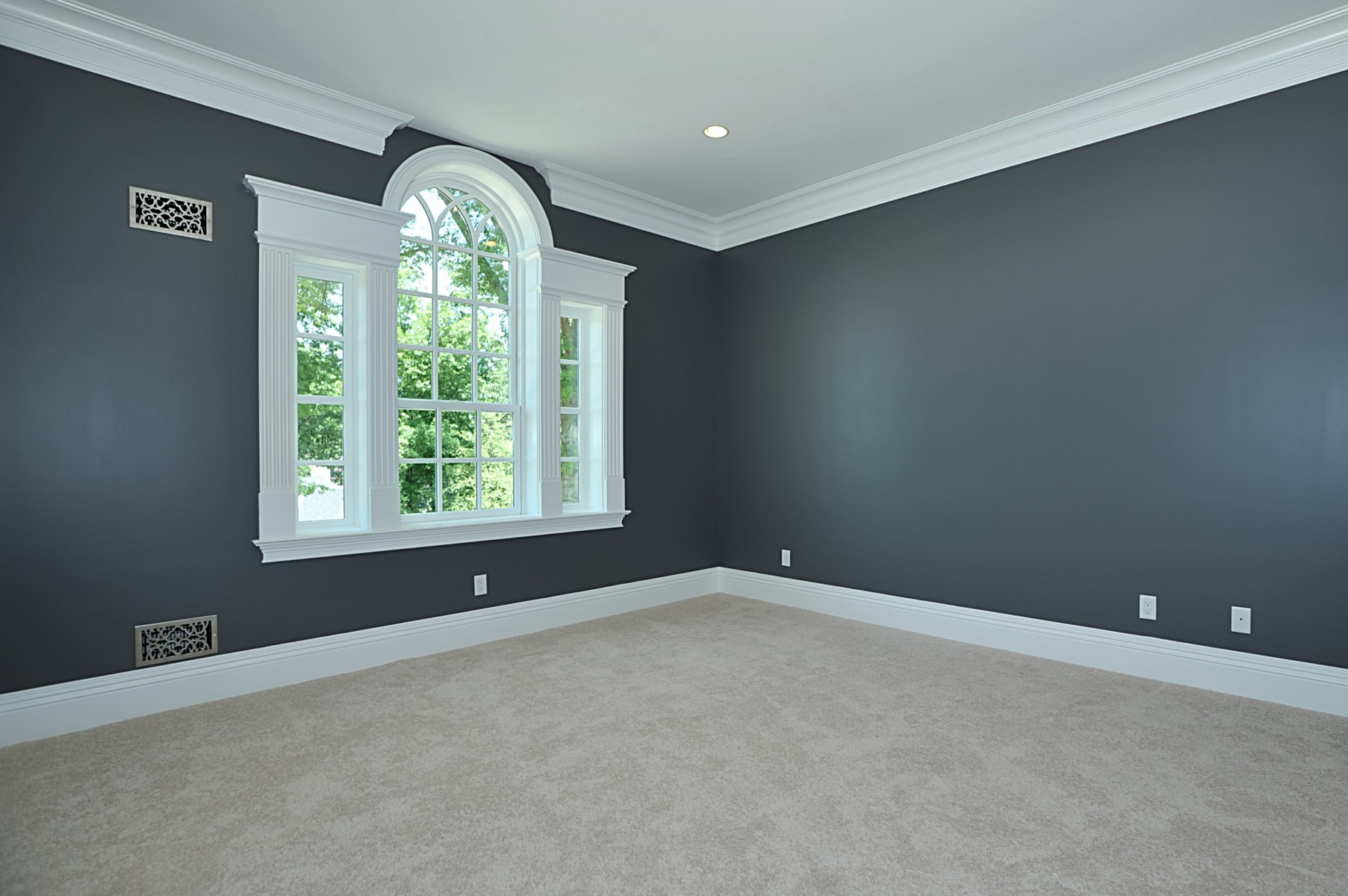 Interior11